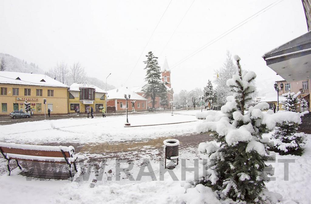 новини_рахів_сніг_2015