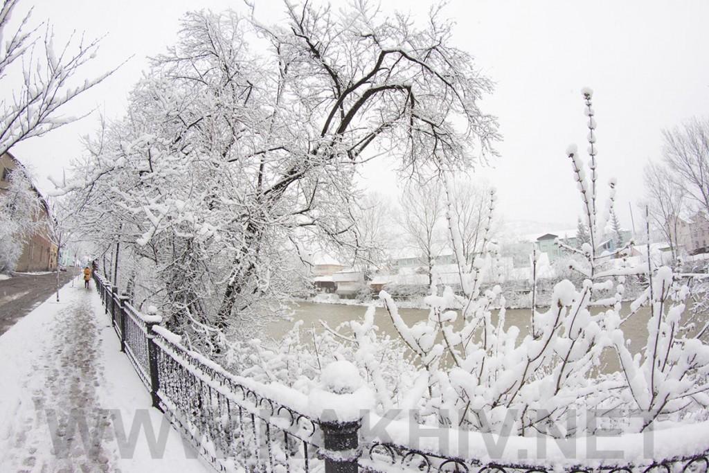 рахів_новини_сніг_квітень