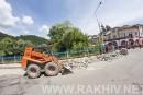 Новини Рахів. У м.Рахів продовжується ремонт тротуарів.