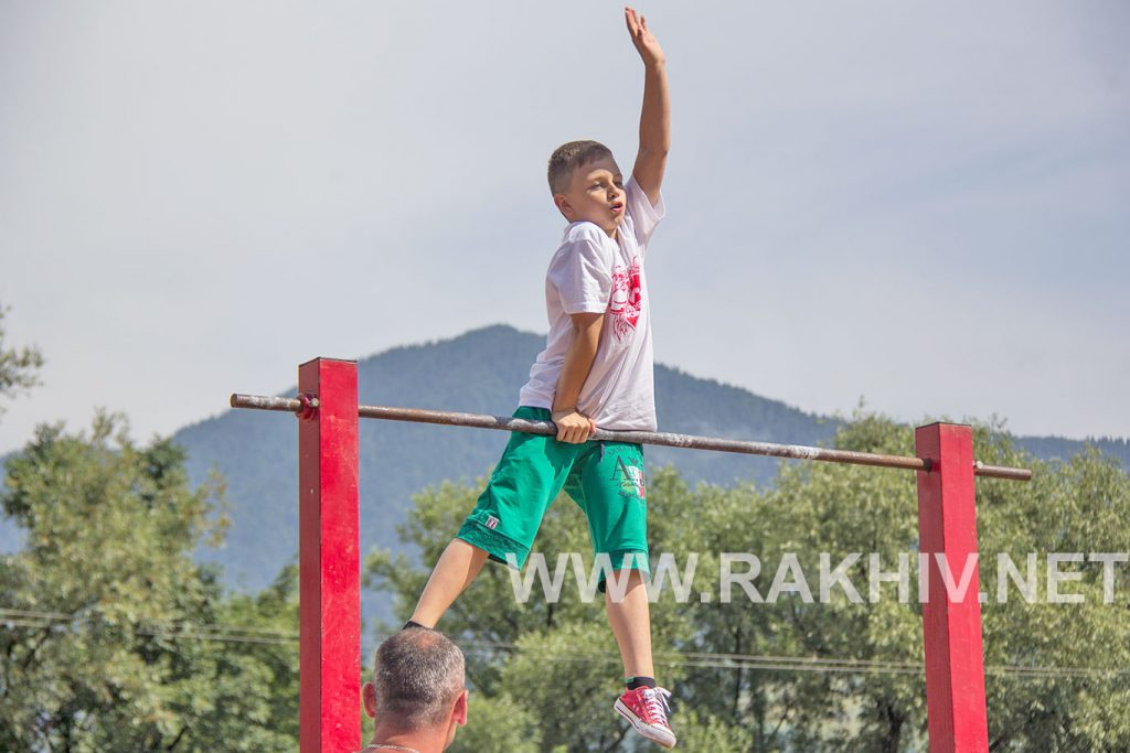 стріт_воркаут_рахів