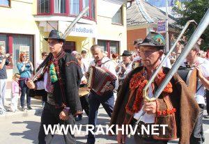 гуцульська-бринзя-фестиваль