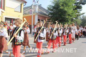 фестиваль гуцульський у Рахові 2016 фото