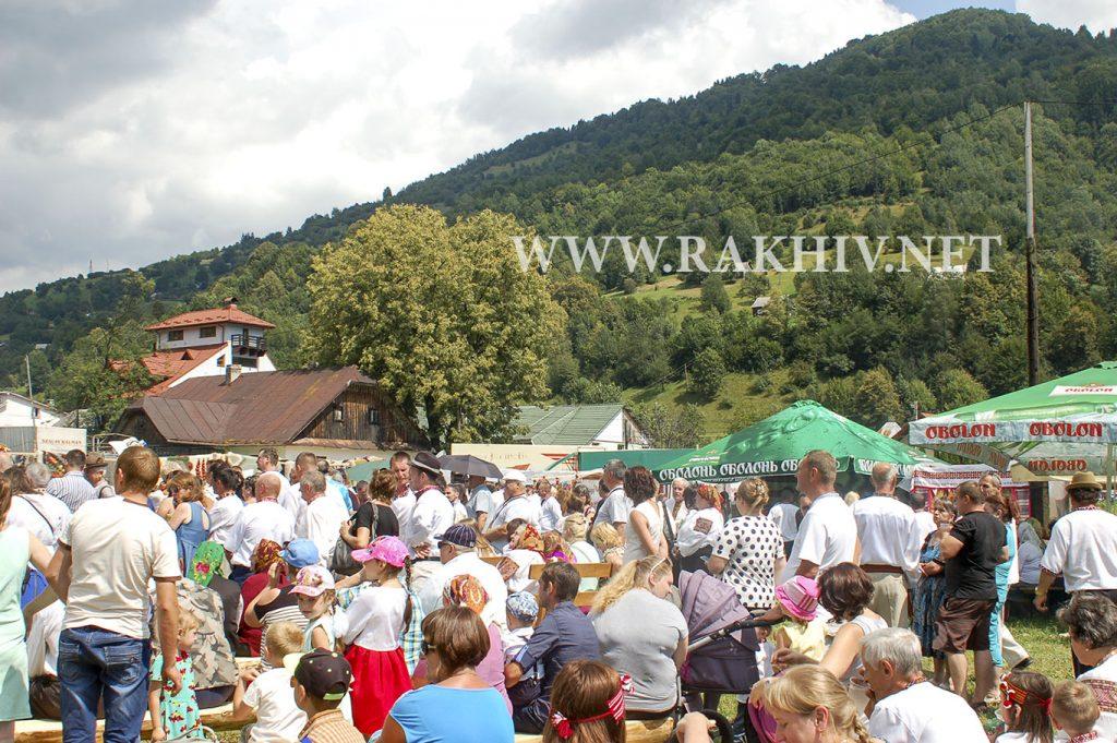 Барви-Карпатського_ліжника_фестиваль