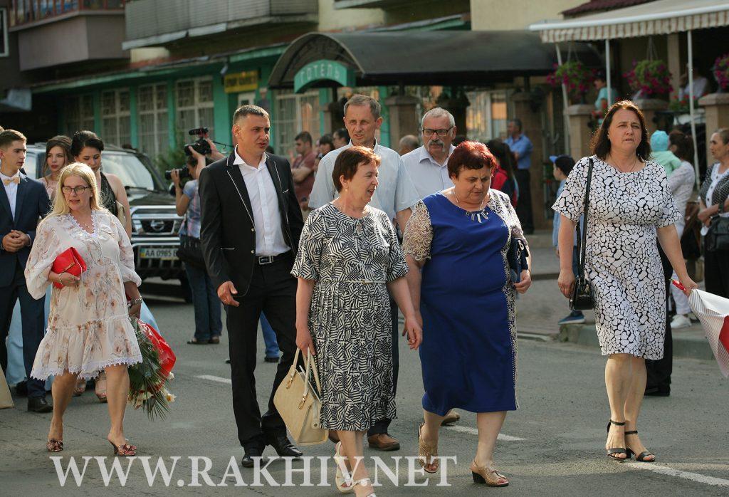 рахів_випускники-фото-2019