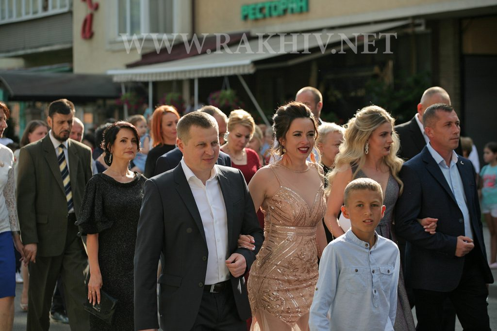 рахів_випускник-2019_фото